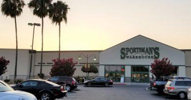サーモン釣りの準備!スポーツマンズウェアハウス ミルピタス店に行ってきたよ。Sportsman's Warehouse in Milpitas, California