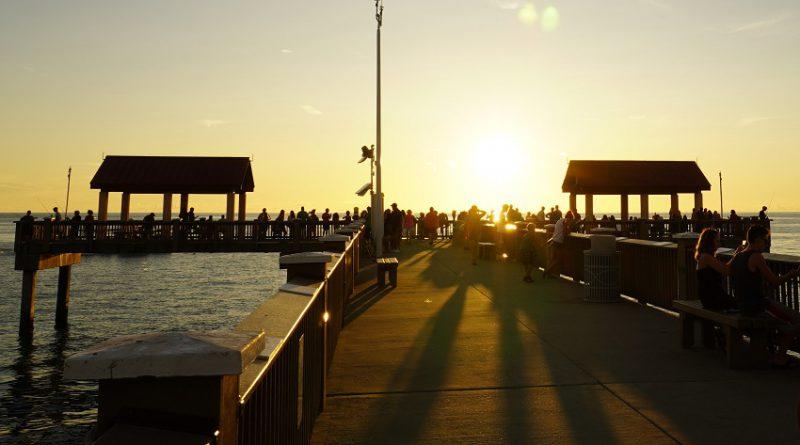 フロリダ釣行編9. ついにフロリダ釣行フィナーレ! 綺麗な夕陽をバックにフィッシング in Clearwater Beach.